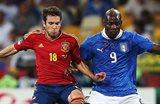 Альба против Балотелли в финале Евро-12, Getty Images