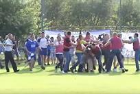 Фанаты Днепра устроили массовую драку в конце матча Кубка Украины