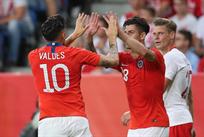 Польша - Чили, twitter.com/laroja