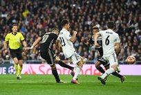 Справедливо ли арбитр засчитал шедевральный гол Тадича в ворота Реала — опрос