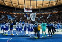 Герта празднует победу в матче с Гертой, Hertha BSC