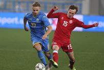 Богдан Леднев в матче против Дании U-21, фото УАФ