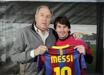 Карлес Решак (слева) и Лионель Месси, mundodeportivo.com