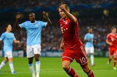 Роббен забил третий гол в ворота Харта. Фото Getty Images