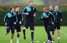 Игроки Арсенала готовятся к поединку против Олимпиакоса, uefa.com