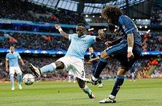 Бакари Санья в борьбе с Марсело, getty images