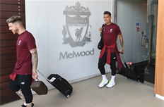 Игроки Ливерпуля покинули Мелвуд и вылетели в Киев, фото ФК Ливерпуль