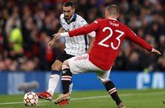 Давиде Дзаппакоста в игре против Манчестер Юнайтед, Getty Images