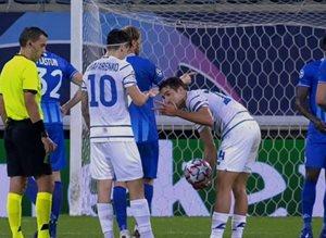 Т — тактика: игроки Динамо разыграли право на штрафной на