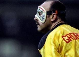 Брюс Гроббелаар, фото sport.co.uk