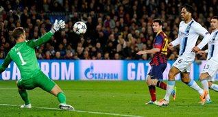 Лионель Месси открывает счёт, фото uefa.com