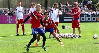 Роббен и Бенатья, twitter.com/BundesligaSpot
