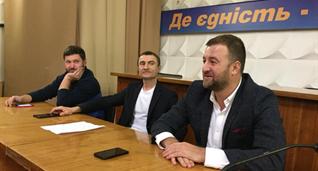 Алексей Хахлев (справа), фото ФК Верес
