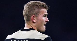 Де Лигт — самый юный капитан в истории плей-офф Лиги чемпионов