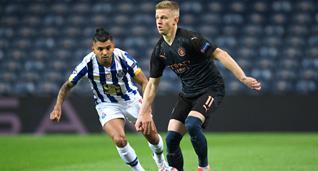 Зинченко в матче против Порту, Getty Images