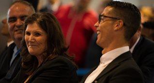 Мать Криштиану Роналду (слева), Getty Images