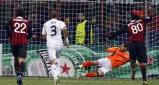 Роналдиньо сравнивает счет, Reuters