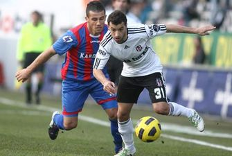 949cb7ddbf30 Бешикташ снова потерял очки, Бурсаспор вернулся на вершину — football.ua