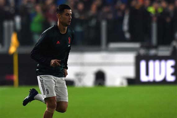 Роналду не попал в топ-2 Золотого мяча впервые с 2010 года