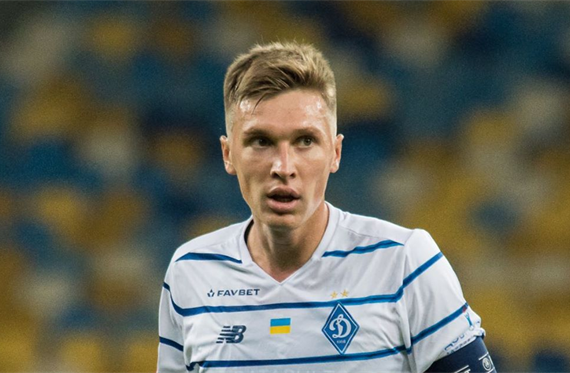 Сидорчук оставил Динамо в меньшинстве в матче с Ференцварошем — football.ua