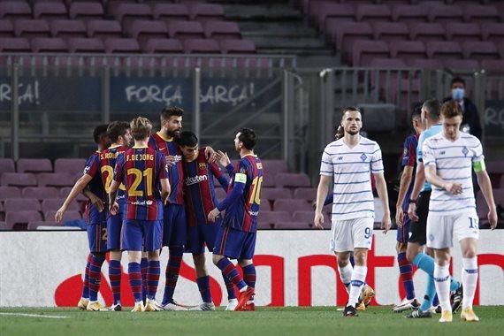 Dinamo Barselona 0 4 Video Golov I Obzor Matcha Football Ua