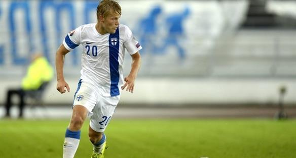 Йоэль Похьянпало - автор гола в ворота Фарер, uefa.com