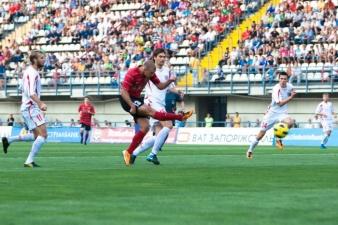 Опанасенко во второй раз в сборной тура, фото ФК Металлург