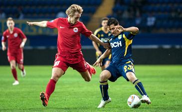 Металлист не сумел пробить Худжамова, фото Дмитрия Неймырка, Football.ua