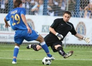 К.Суслов: «брал» пенальти, а теперь и сам пробивает, arsenalbc.of.ua
