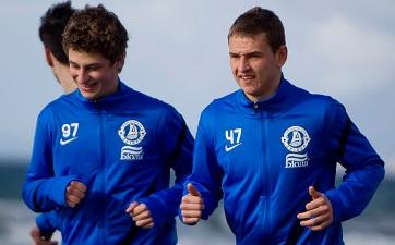 Близниченко и еще один заметный молодой игрок Днепра Горбунов, фото fcdnipro.ua