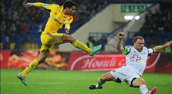 Шавьер забил победный гол, фото Дмитрия Неймырка, Football.ua