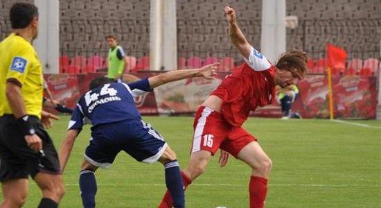 Дедечко в игре с Говерлой, фото Евгений Анистрат, Football.ua