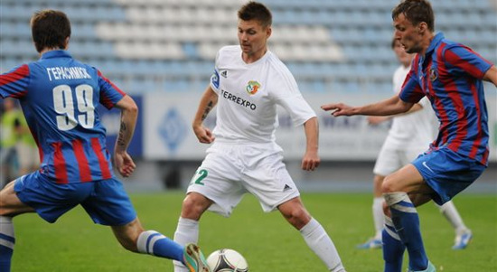 Валерий Куценко (в центре),  фото Ильи Хохлова, Football.ua