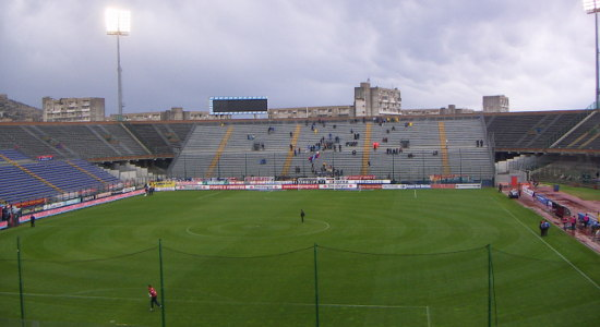 Стадио Сант'Элия, giornaledipuglia.com