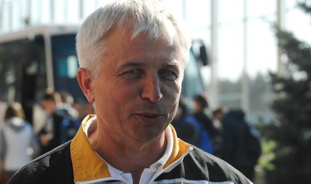 Господа, тренеры других команд, давайте, расскажите этому человеку, как трудно вам было готовиться в Крыму и Турции, fcdynamo.kiev.ua
