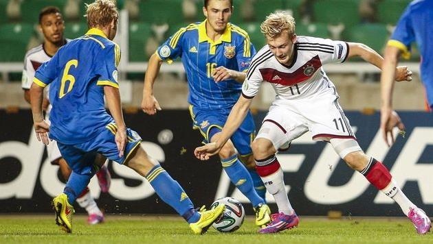 Украина U-19 уступила немцам и выбыла из турнира