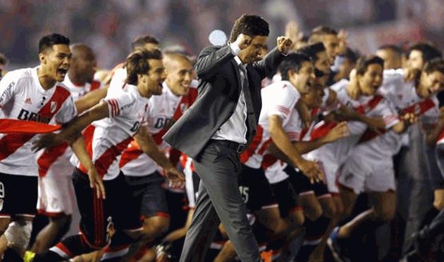 Марсело Гальярдо и его команда, @lanacioncom