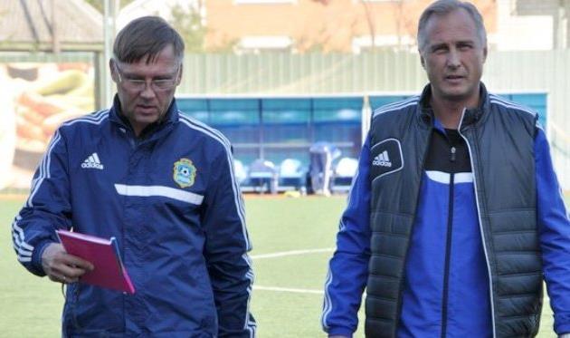 Сергей Свистун (справа) со своим помощником Сергеем Ященко, фото fckremen.com