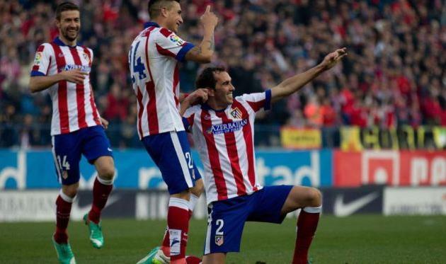 Диего Годин празднует гол в ворота Леванте, фото As