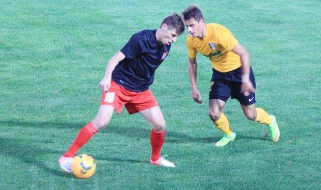 Анатолий Масалов (слева) против александрийца Сухоцкого, фото fco.com.ua