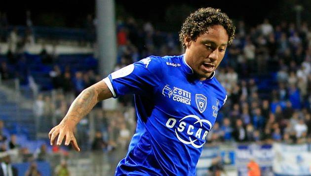 Хуан Пабло Пино, goal.com