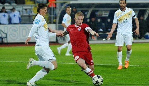 Владислав Кулач (справа), Football.ua