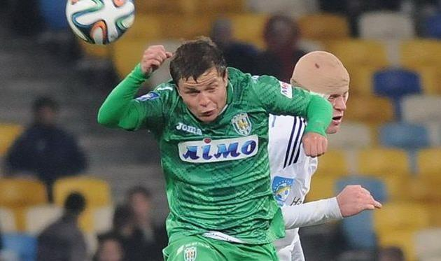 Кожанов против Бурды, фото И. Хохлова, Football.ua