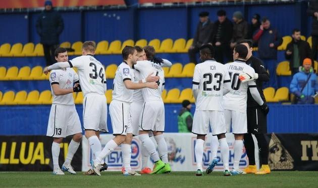 Олимпик продолжает подготовку, фото Ильи Хохлова, Football.ua