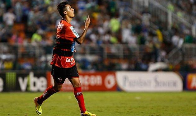 Марселиньо, фото folha.uol.com.br