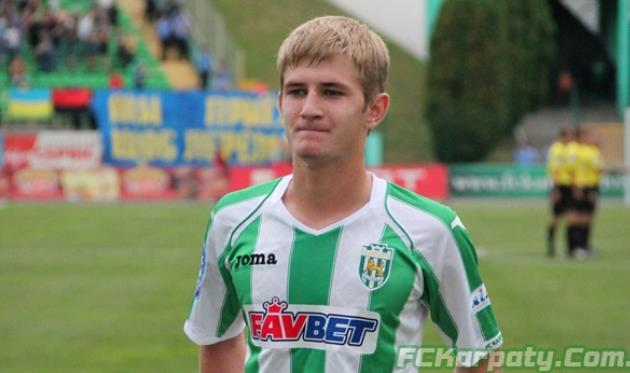 Денис Мірошниченко,Фото FCKarpaty.Com.Ua