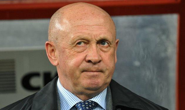 Ильичевец продолжит играть в Днепропетровске