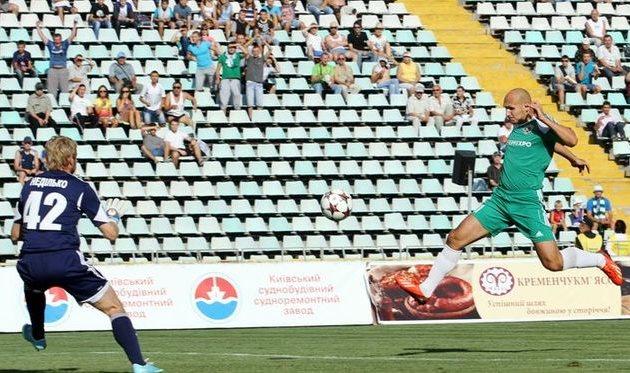 Кривошеенко против Недилько, фото О. Дубины, Football.ua