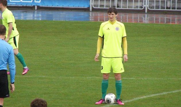 Станислав Кулиш забил 14-й мяч в сезоне, да еще и заработал пенальти, fcstal.com.ua