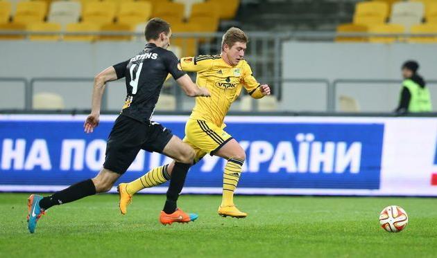 Радченко в матче Металлиста против Локерена, фото Р. Шtвчука, Football.ua